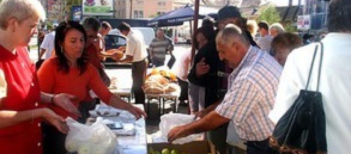 Sibienii îşi vor putea face cumpărăturile în continuare din piaţa de la Sala Transilvania